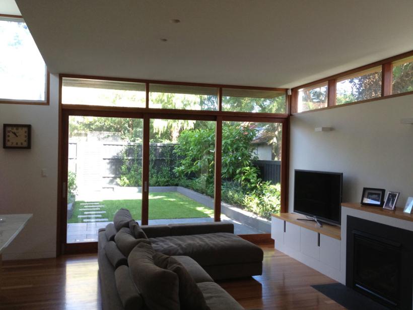 House-at-Glebe_Living2-820x615.jpg