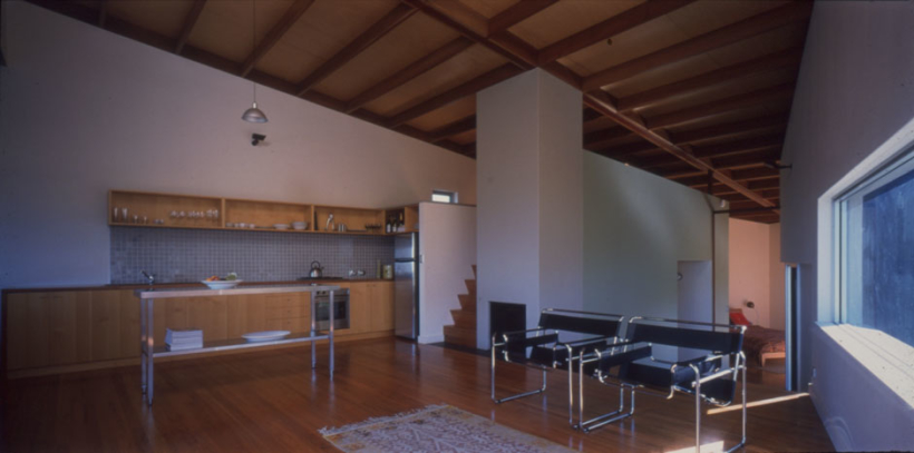 House-at-Merry-Beach-Interior-820x407.jpg