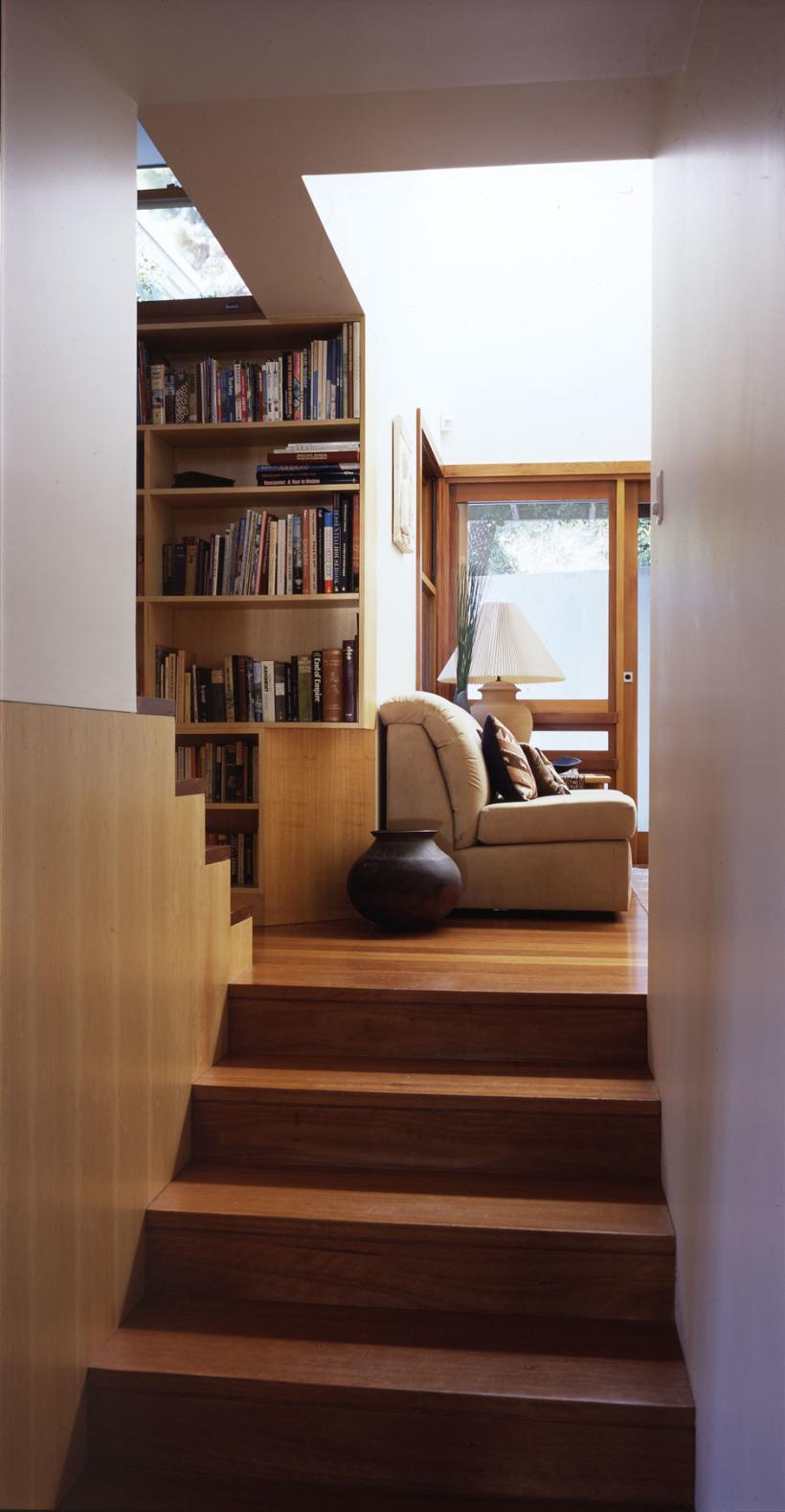 House-at-Mosman_Stairs-820x1578.jpg