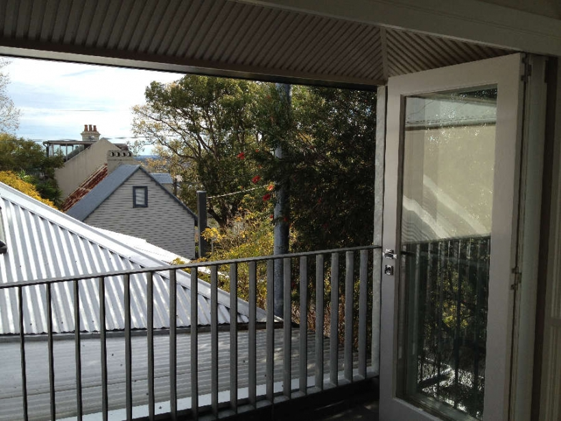 Balmain-Balcony_-820x615.jpg