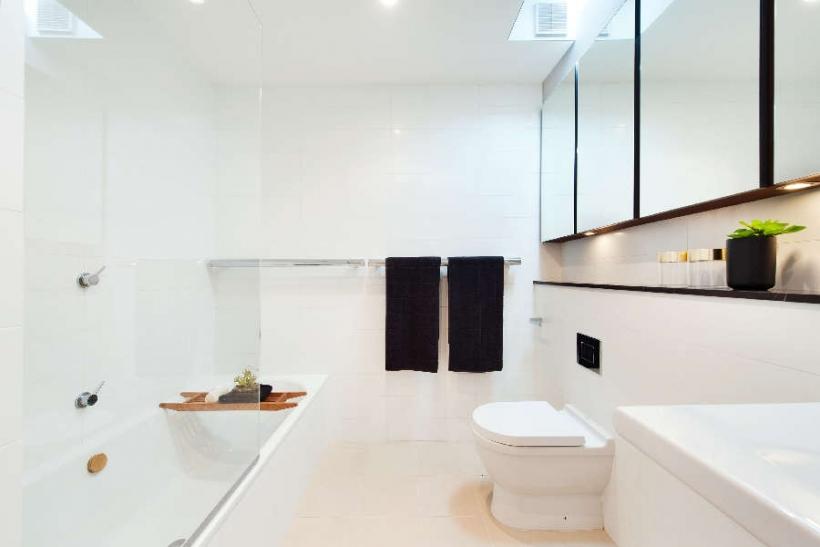 Balmain-Bath_-820x547.jpg